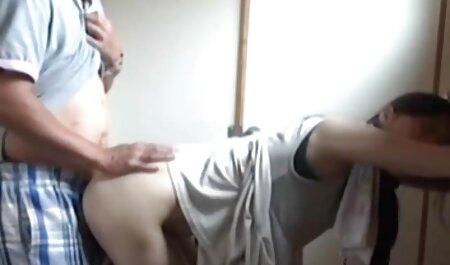 جوجه زرق و برق دار استمناء بیدمشک عکس های سکسی سوپر در آشپزخانه