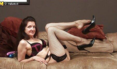 از Licks بیدمشک بهترین سایتهای دانلود فیلم سکسی از یک جوجه نوجوان و عاشقانه fucks در پس و چوچوله بازبان و دهان