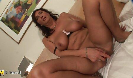 زن سیاه انحنا fucks در سفید در حمام عکس سکس های