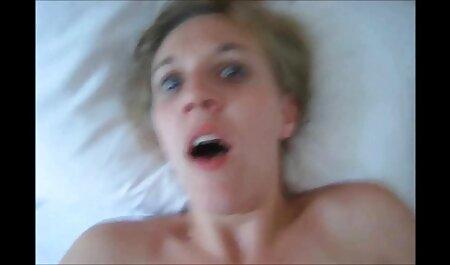 زیبایی روسیه می عکسهای سکسی اماتوری دهد کار ضربه و روابط الاغ او را بر روی کمربند
