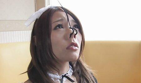دختر یک دانش آموز در الاغ با دیک عکس سکسی زن های سن بالا و اسباب بازی