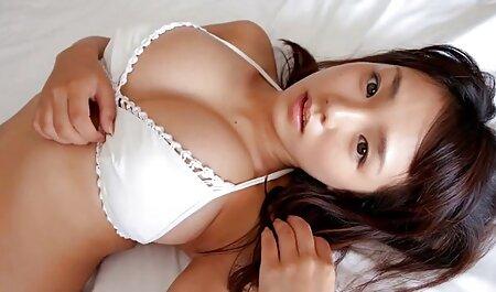 یک پسر سالم در یک عضو از زیبایی عکس های سکسی سریالی جوان قرار داده است